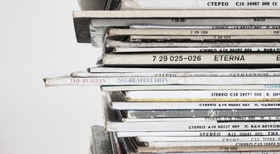 Photo of a stack of vinyl records.